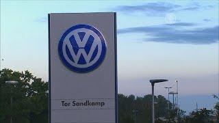 Экономика Венгрии может пострадать от скандала с Volkswagen (новости)(http://ntdtv.ru/ Экономика Венгрии может пострадать от скандала с Volkswagen. Около двух миллионов из 11 миллионов дизел..., 2015-09-30T08:18:23.000Z)