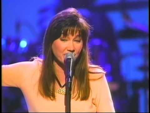 "Lari White - ""Lead Me Not"" (Official Music Video)"