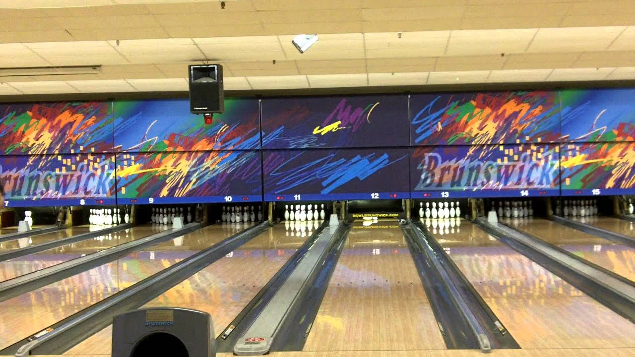 Dec 06, · Brunswick Zone Deptford is an okay bowling alley-nothing special. With so many bowling alleys becoming hip and cool, this place hasn't. The alley hasn't been updated since the 70s.3/5(10).