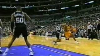Kobe Bryant vs Spurs in Christmas day (1999) facial over Jackson!!