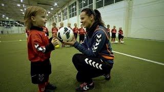 www.futbolotreniruotes.lt kviečia vaikus sportuoti!