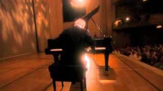 Beethoven. Sonata piano nº 30 en Mi Mayor, Op 109 - I. Vivace ma non troppo - Adagio espressivo.