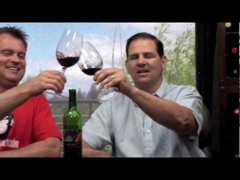 Thumbs Up Wine Review: 2009 14 Hands Cabernet Sauvignon, Two Thumbs Up