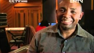 South Africa music diva Yvonne Chaka Chaka celebrates Mandela