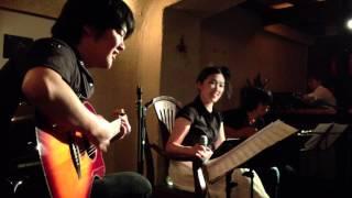 """2012.7.1 自由が丘 hyphen でのライブ 井上""""KB""""幸法(guitar) 北島優一(guitar)"""