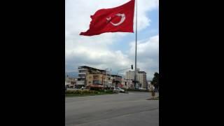 Osmaniye Devlet Bahçeli Meydanındaki Devasa Türk Bayrağı