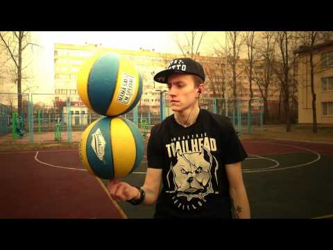 b138464b Basketball Trick 2 Ball Spin (Vines Basketball Freestyle) Trailhead Wear -  YouTube