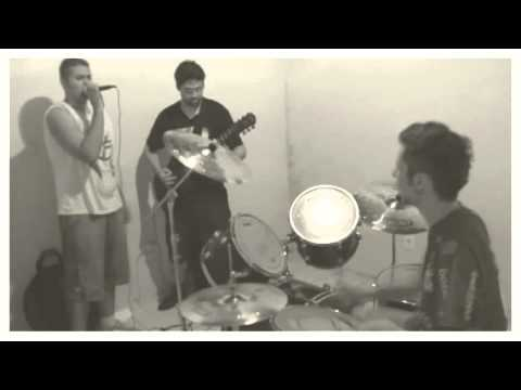 Banda No klass Cover  (Garotos Podres) musica Johnny.