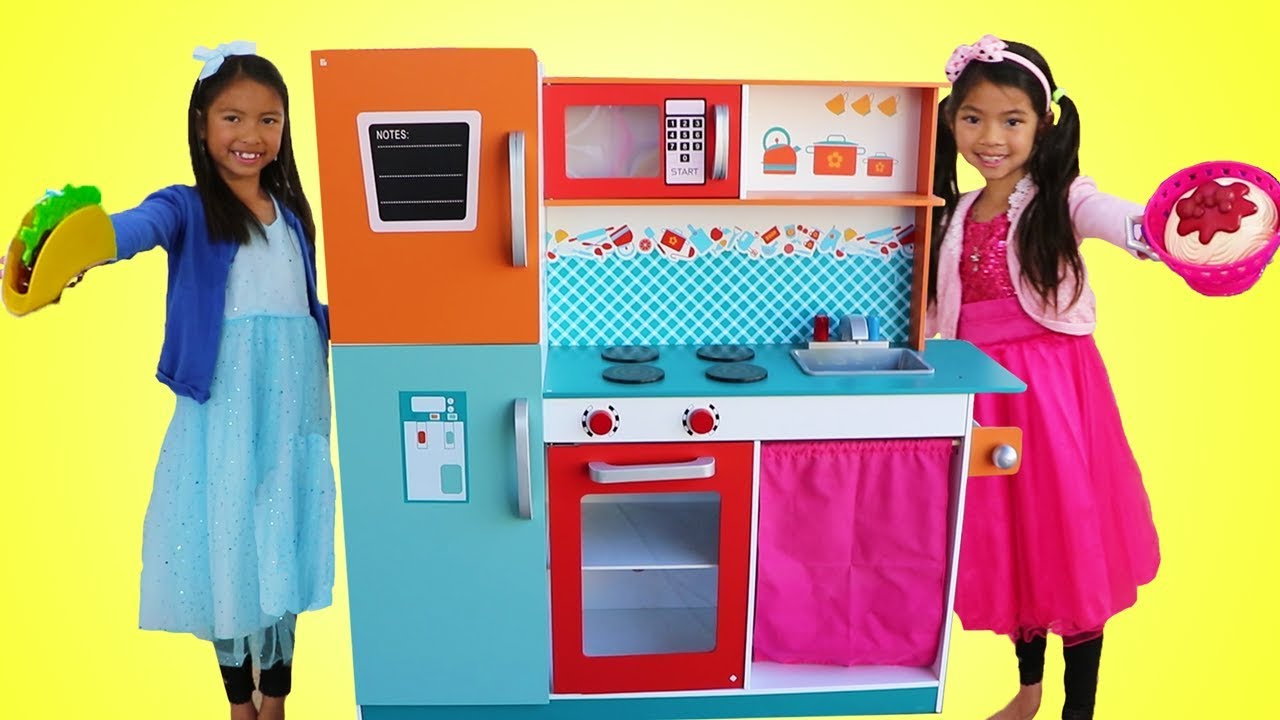 Wendy & Emma Pretend Play w Giant Kitchen Cooking Toy Compilation