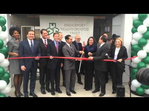 Mayor Ganim cuts the Ribbon with HUD Secretary Juliàn Castro in Bridgeport CT