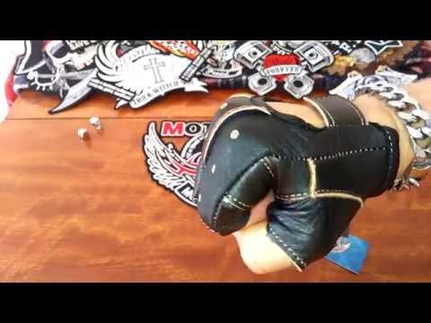 Кожаные перчатки без пальцев Классик с вырезом
