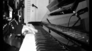 """Saar playing & singing """"Sing for Love"""" by OMNIA"""