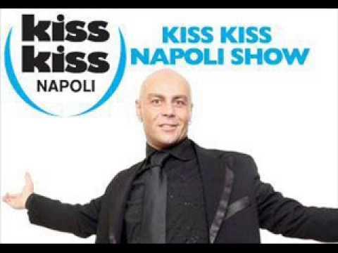 Gianluca Manzieri Dottore Grasso...Radio Kiss Kiss Napoli