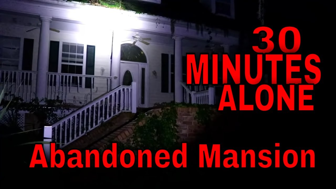 (ALONE CHALLENGE AT THE ABANDONED HAUNTED MANSION) ROBS TURN FOR A HAUNTED EXPLORATION