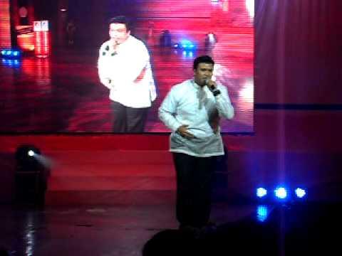 Jan Pablo sings Dakilang Lahi at the Vientiane Cultural Hall (1st ASEAN CONCERT LAOS, 2012)
