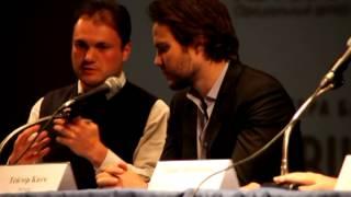 Тэйлор Китч на пресс-конференции фильма