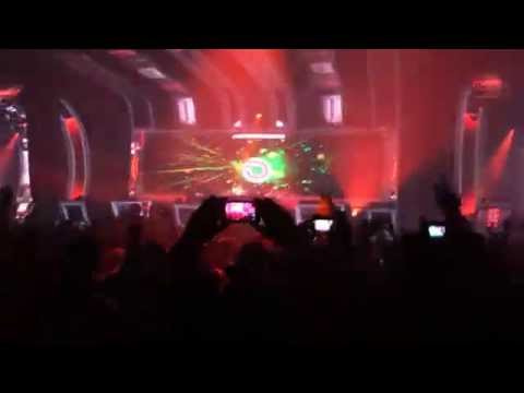 Dash Berlin & Carita La Nina - Dragonfly @ A State of Trance New Horizons Utrecht the Netherlands