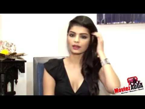 The Xpose Movie | Actress Sonali Raut's Interview !