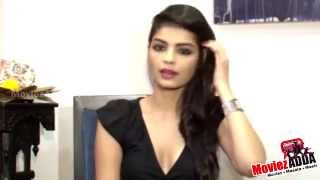 Repeat youtube video The Xpose Movie | Actress Sonali Raut's Interview !