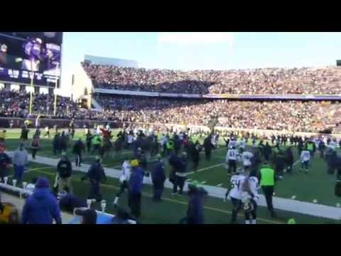 After Blair Walsh Missed FG @ Seahawks/Vikings playoff game, behind Seahawks bench..