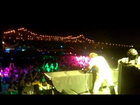 12th Planet Live At Mardi Gras World With Pretty Lights