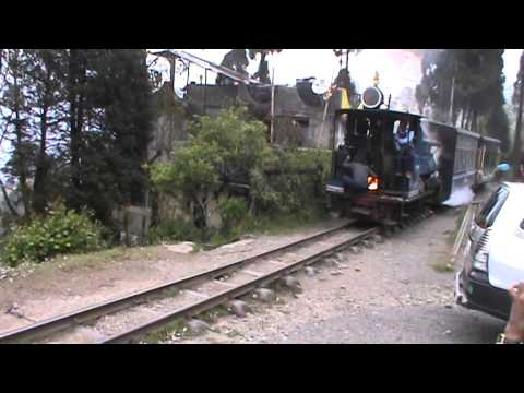 India Travel To Darjeeling During Nepal Earthquack