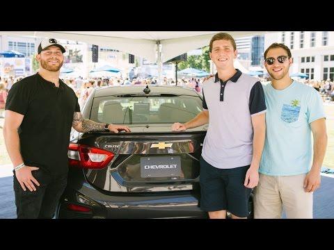 #ChevyCMA: Luke Bryan Car Karaoke with Jon Langston at CMA Fest