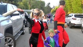 Fergie Gets Sassy As Harley Quinn For Halloween With Josh And Axl