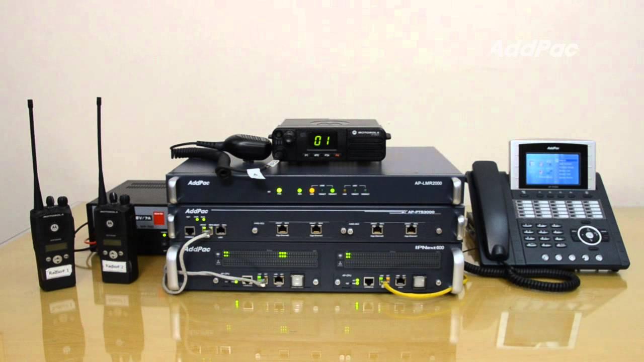 Motorola M8620 Radio over IP(RoIP) Demonstration using AddPac LMR Gateway  (LMR게이트웨이 라디오 오버 IP 데모)