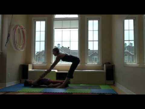 2012 acro yoga teacher training application Sophie Latreille with Eliot Acuna