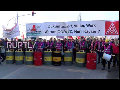 Germany: Thousands protest in Berlin against Siemens job cuts plan