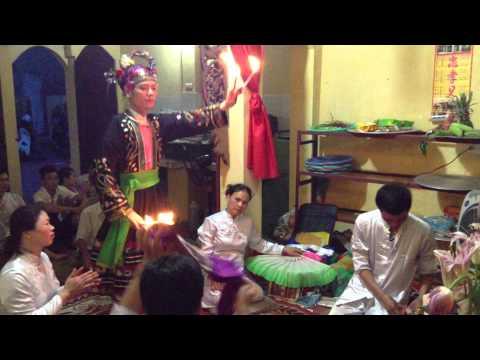 Hau bong :trinh hong Quang - Hau gia co be