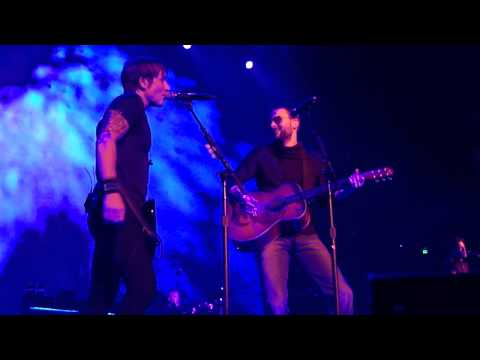 Keith Urban Ft. Eric Church - Raise Em Up Live