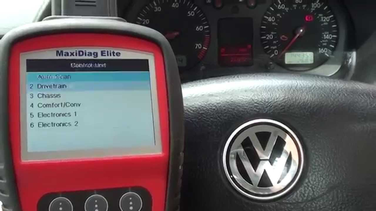 p vw golf trouble code diagnose engine light autel md youtube