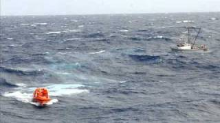 survival at sea abandon ship in the middle of the pacific ocean could you survive
