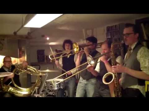 2014 Broken Brass Ensemble - Record Store Day @ Wim's Muziekkelder