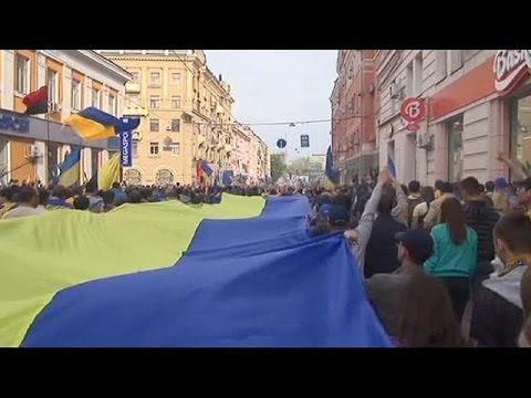 Ukraine : 7 observateurs de l'OSCE toujours retenus à Slaviansk