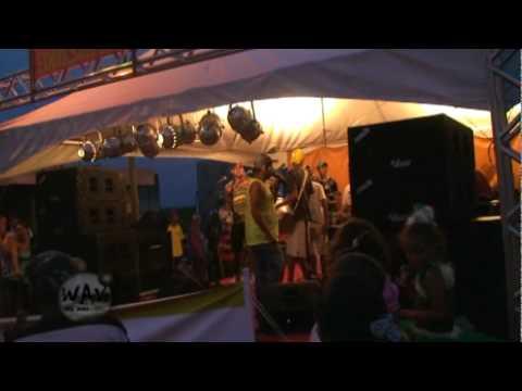 """Bloco carnavalesco """"O MARAJÁ"""" de Rio Doce 2010 (1ª parte)"""