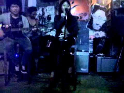 just hope out - semangatku hilang (live at musicoustic lumbung padi kemang)