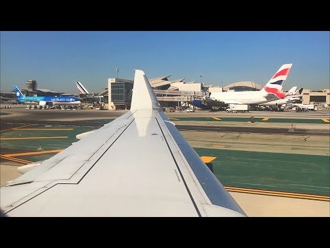 Los Angeles International Airport LAX/KLAX Landing And Taxiing To Gate