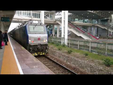 [China Railway]Train 3216 enters Zhenjiang Railway Station