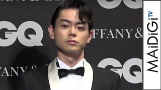 俳優の菅田将暉さんが、今年最も輝いた男性に贈られる「GQ メン・オブ・ザ・イヤー 2016」に選出され、東京都内で21日に行われた授賞式に出席。菅田さんは、デビュー作「 ...