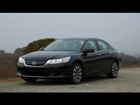 2014 Honda Accord Hybrid Review and Road Test