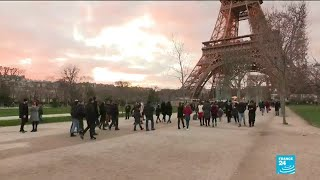 Tourists adapt to the nationwide transport strike in France