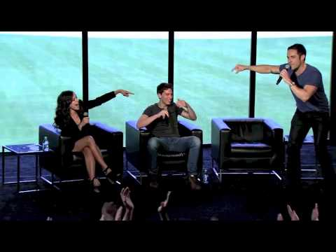 Orphan Black Cast gets Musical at Comic Con 2013