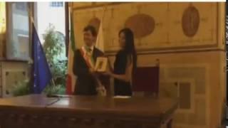 """Kereen !! Anggun menerima penghargaan bergengsi """"Keys of the City"""" dari Italia"""