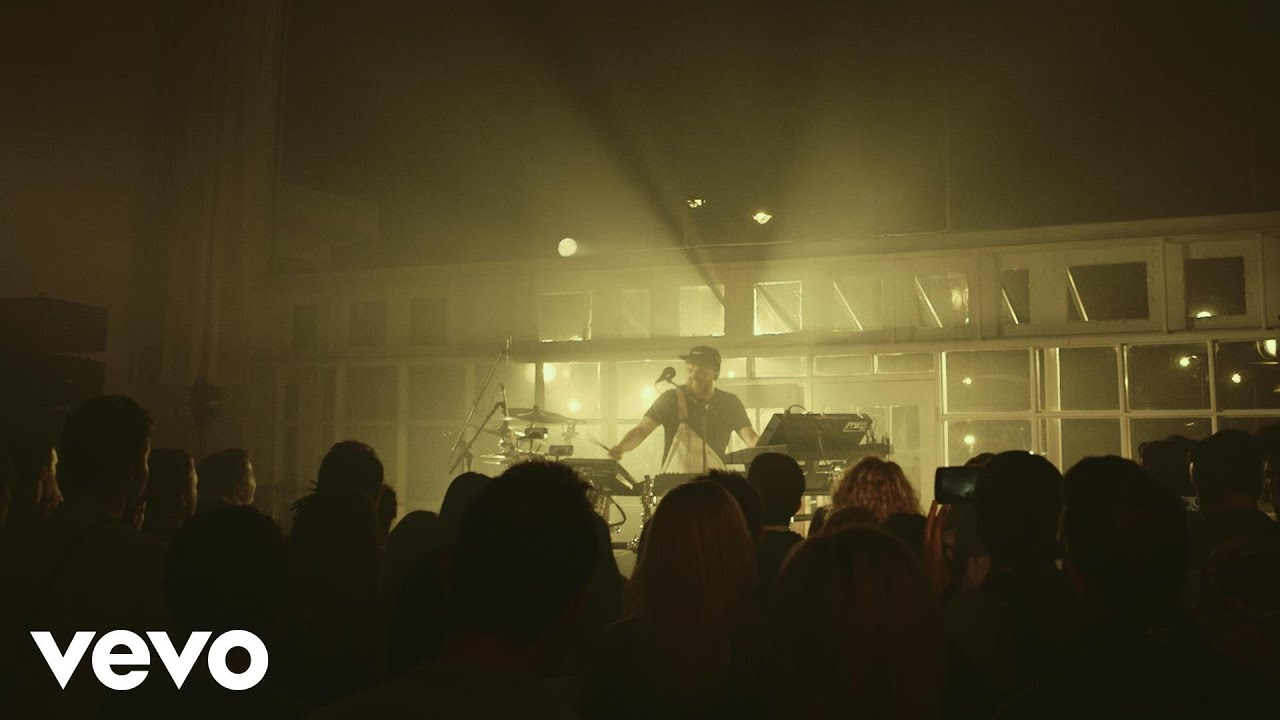 jack-garratt-the-love-youre-given-live-vevo-lift-jackgarrattvevo