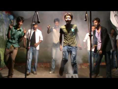 pk, az, raju, papu, santosh n mukesh - kambaqt ishq stage dance