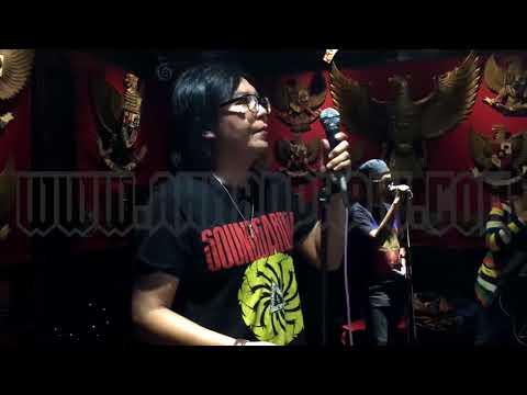Larut   Dewa19 Feat Ari Lasso