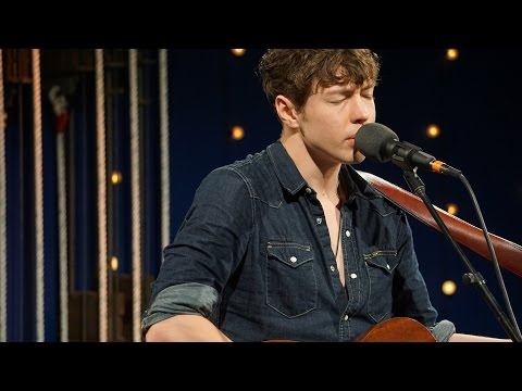 Barns Courtney - 'The Full Session' I The Bridge 909 in Studio